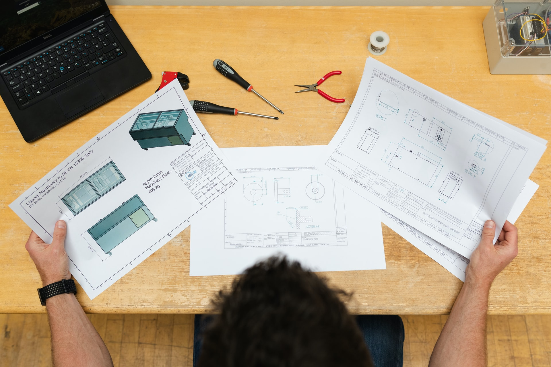get cracking 6 tips for good tradesman web design
